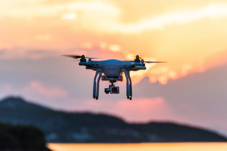 music inside rimini droni
