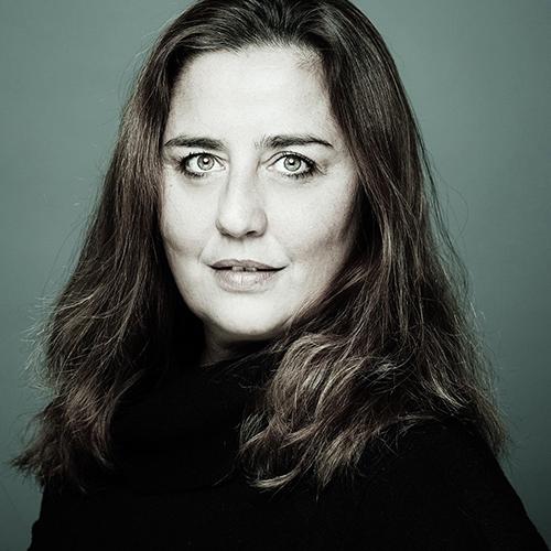 Zoe Perna